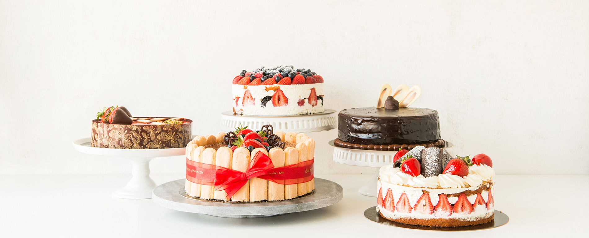 Casual Events & Classic Cakes by La Rose in Milton, ON